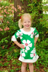 Isn't that dress great?  If they had one in my size, I would have bought it!